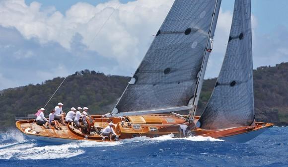 Classic Yacht Charter, Chloe