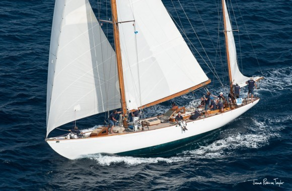 Classic Yacht Charter, Manitou
