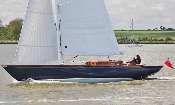 Classic Yacht Charter, Roving Spirit